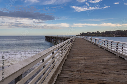 Fotografija View of the wooden pier, San Simeon, California, USA.