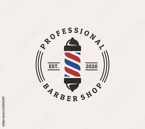Fotografia barber shop logo design with pole in vintage style