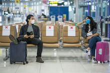 Backpacker Travelers Asian Wom...
