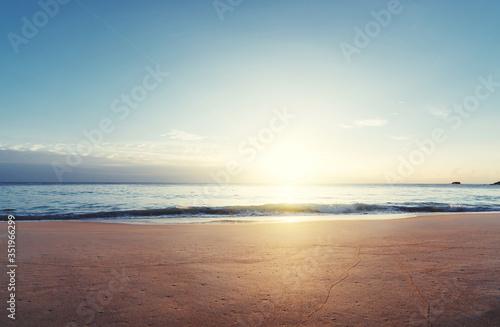 Fotobehang - sunset on Seychelles beach, Mahe island