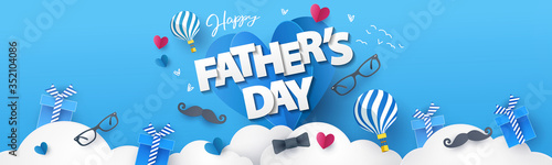 Fotomural Happy Fathers Day greeting design with origami hearts over clouds, air balloons, gifts, mustache, glasses, bow tie