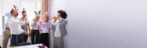 Fototapeta Group Of Businesspeople Celebrating In Office obraz