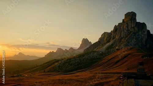 Fotografia Rocky Landscape Against The Sky
