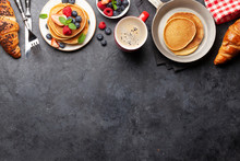 Delicious Homemade Pancakes Wi...
