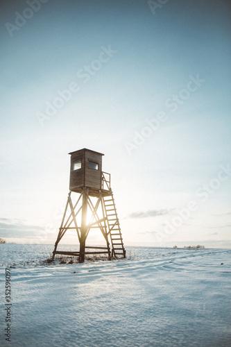 Canvastavla Lifeguard Hut In Sea Against Sky