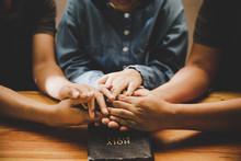 Family Pray Together Praying W...
