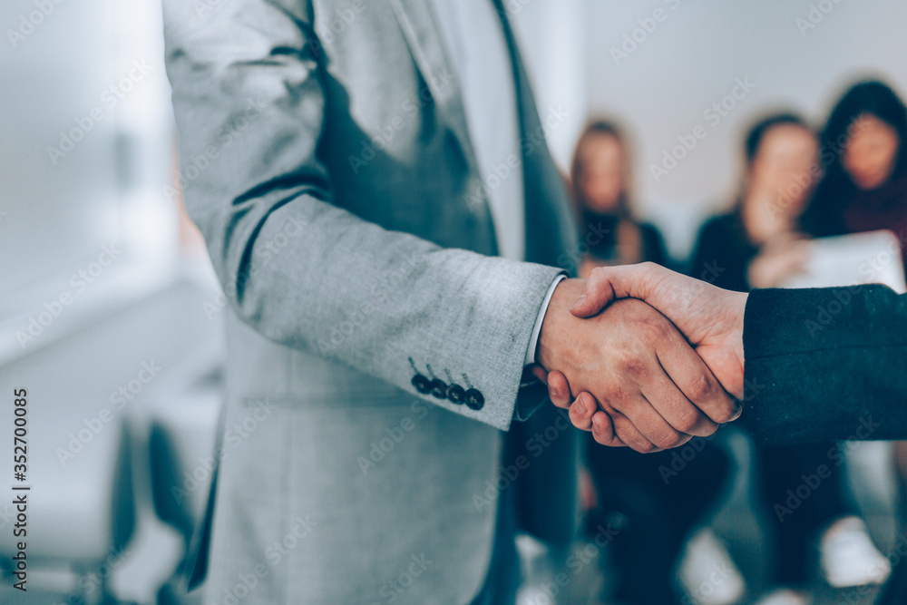 Fototapeta close up. handshake of business people in the office.
