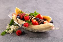 Banana Split- Banana, Ice Cream With Fresh Fruit
