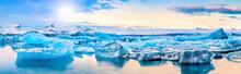 Icebergs Float On Jokulsarlon ...