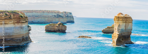 Fotografija Loch and Gorge is on the south coast of Victoria near the 12 apostles