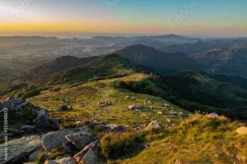 Fototapety, obrazy: Puesta de Sol desde el monte Adarra