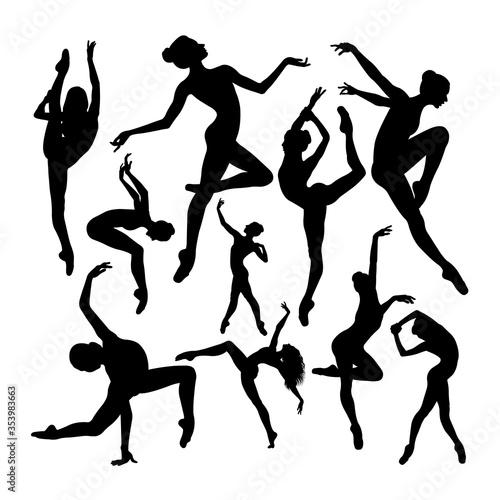 Valokuvatapetti Energetic female ballet dancer silhouettes