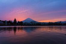 春の富士山(4月)