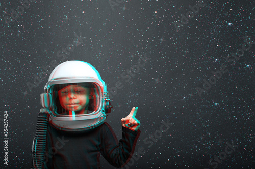 child wants to fly an airplane wearing an airplane helmet Canvas-taulu