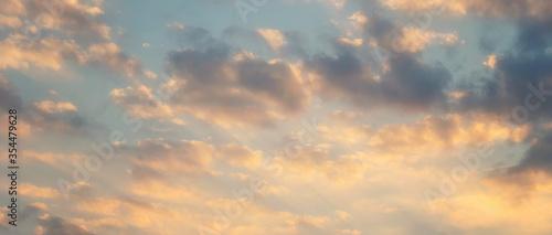 Valokuvatapetti Beautiful sunset sky above clouds with dramatic light