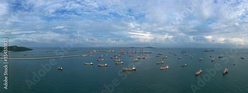 tanker ship park in sea, Crude oil tanker and LPG tanker Fototapet