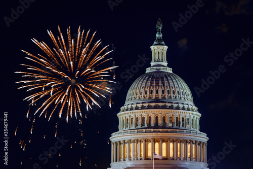 Photo Mysterious night sky with full moon United States Capitol Building in Washington