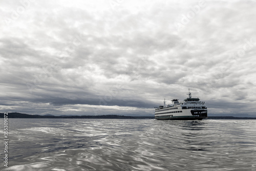 Obraz na plátne Ferry Boat in the Puget Sound in Washington State