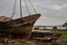 Old Wooden Boat Left Rotting O...