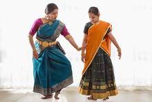 Bharatnatyam Dancer Teaching H...
