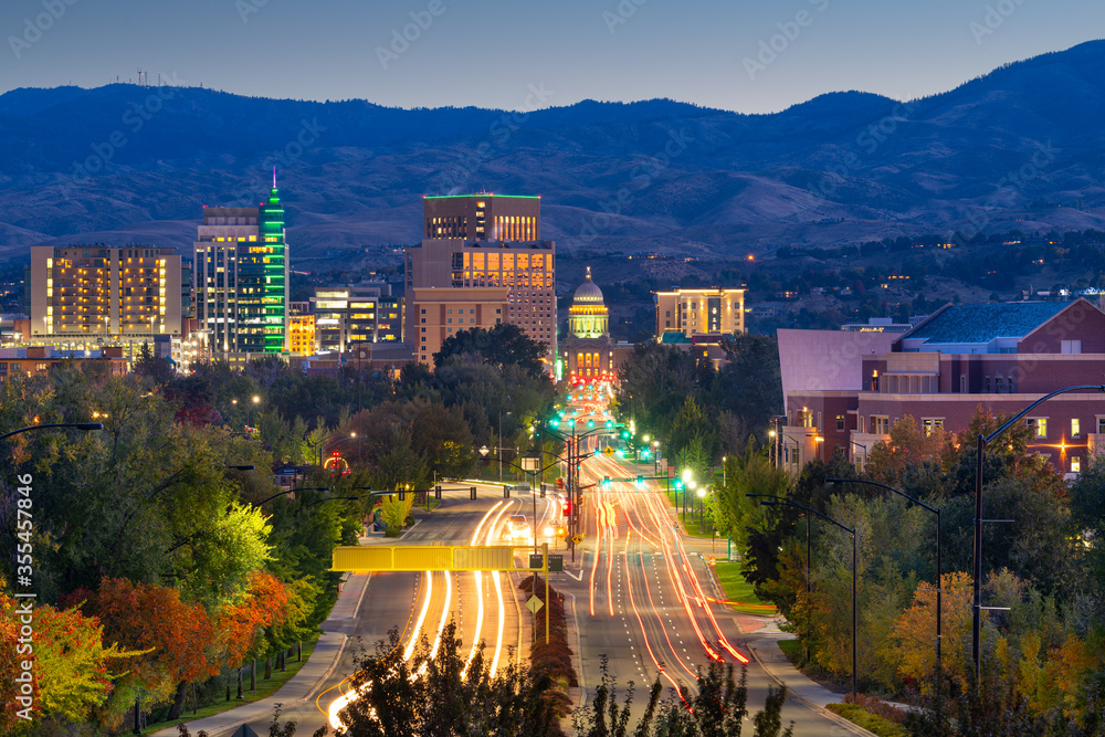 Fototapeta Boise, Idaho, USA downtown cityscape at twilight.