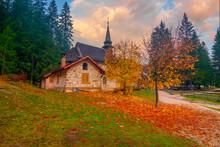 Amazing Autumn Scenery Of Smal...
