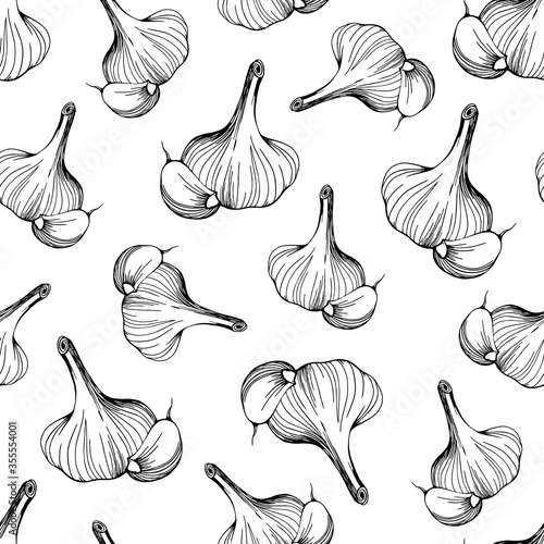 Obraz seamless pattern of garlic on a white background.A simple pattern of garlic.Hand-drawn vector illustration in the Doodle style. Head of garlic - fototapety do salonu