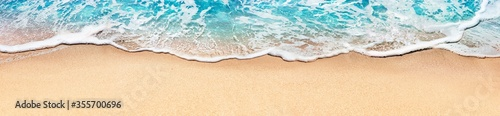 Foto Aerial View Of Sandy Beach And Ocean With Waves