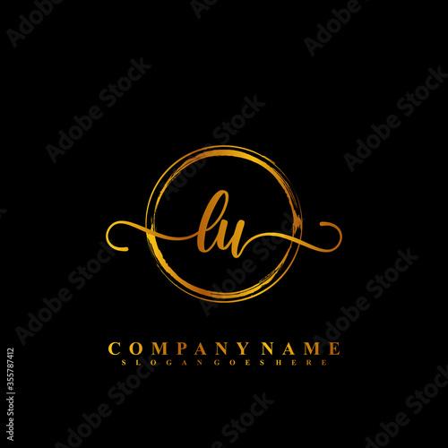 Initial Letter LU Signature Handwriting and Elegant Logo Design Vector Fototapete
