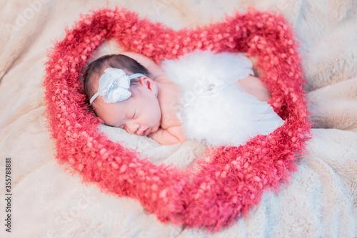 Photo Asian newborn