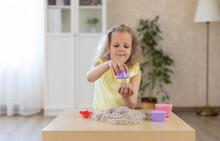Adorable Little Girl Sculpts C...