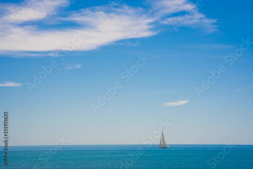 Blue sky seascape with copy space Fototapete