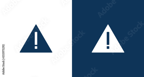 Warning icon illustration isolated vector sign symbol Fototapete