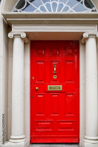 Naklejki na drzwi   czerwony