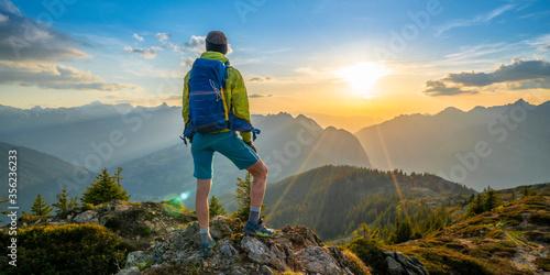 Fototapeta Abenteuer in den Bergen obraz