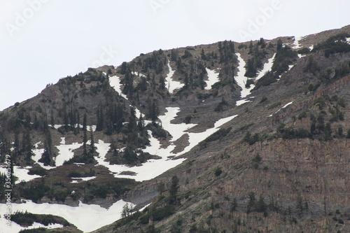Snowy Mountain Pockets
