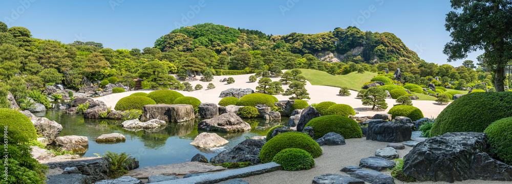 Fototapeta Panorama of the Dry Landscape Garden in the Adachi Museum of Art, Yasugi, Shimane Prefecture, Japan