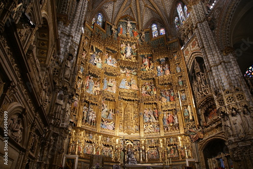 Interior of Primate Cathedral of Saint Mary of Toledo Canvas Print