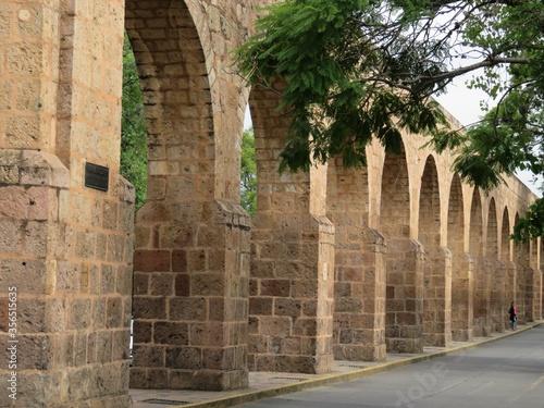 Fotografering Historical aqueduct of Morelia, Michoacan, Mexico