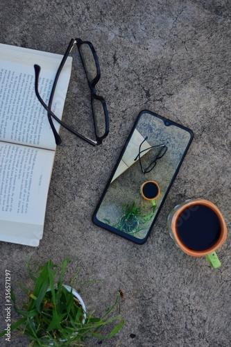 Photoception, flatlay photography, wallpaper