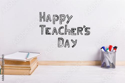 Photo The inscription marker on a white board, Happy Teacher's Day