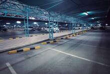 Car Parking Outdoor Area In De...