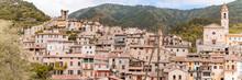 Village Eglise Montagne