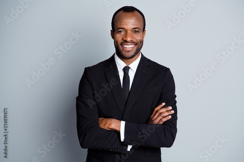 Foto Portrait of true leadership entrepreneur wealthy afro american company owner man