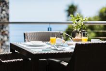 Breakfast On Luxury Patio Dini...