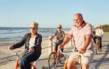 Active Senior Tourist Friends ...