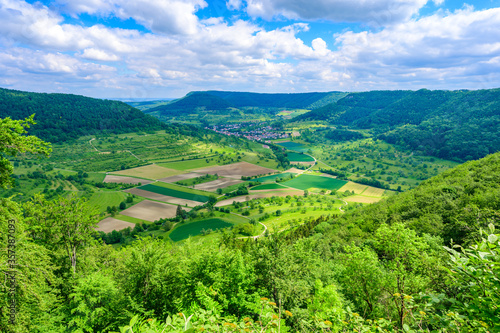 Leinwand Poster Viewpoint on mountain Moerikefels with a great view to Landscape of Swabian Alb,
