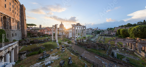 Cityscape of the Roman Forum ancient ruins with the Arch of Severus, temple of S Canvas Print