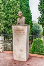 Bronze Bust Of Pope John Paul ...