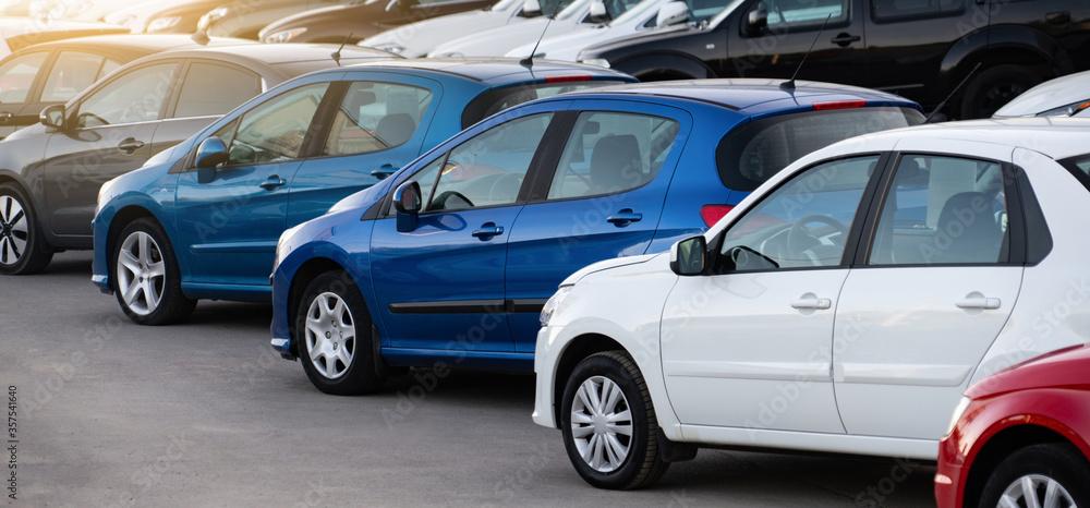 Fototapeta Cars in a row. Used car sales